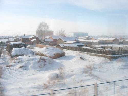中国の北 内モンゴルの雪の道